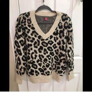 Vince Canute Leopard V-Neck Sweater